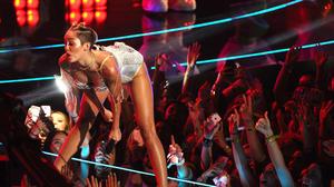 Miley Cyrus at the VMAs: The full-frontal-finger follow-up