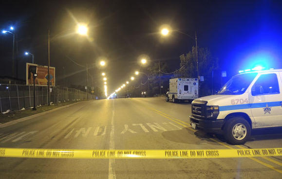 Police: Boy, 17, fatally shot on South Side