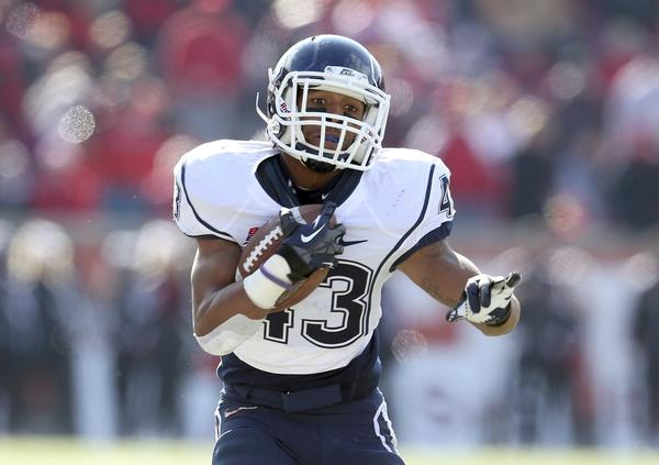 Running back Lyle McCombs of UConn is looking to return to his 2011 form.