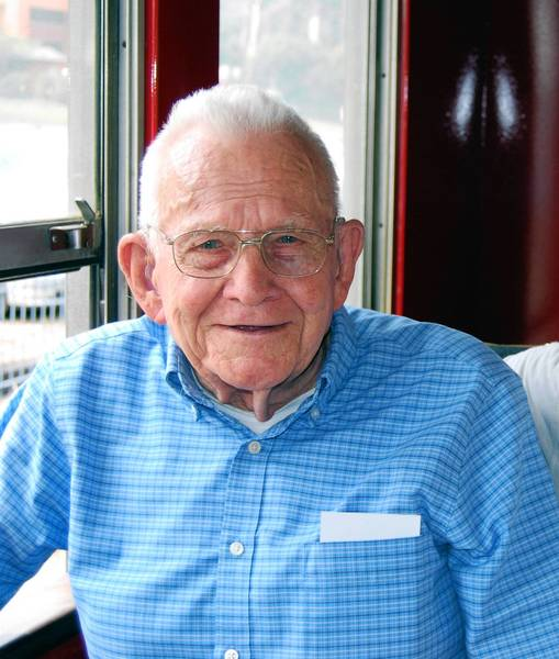 Richard Bruce Watkins died at the age of 91 on Aug. 4. In Manchester, where he was known by friends and family as Bruce, he was the longtime owner and manager of Watkins Furniture Store and Watkins Funeral Home and the member of a number of volunteer committees.