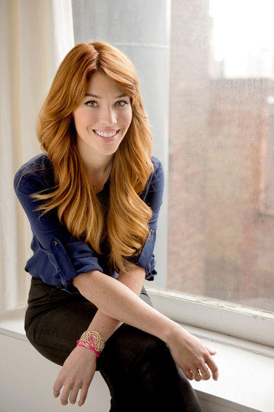 Avon global celebrity makeup artist Lauren Andersen kicks off the nationwide You Make it Beautiful tour on Wednesday.