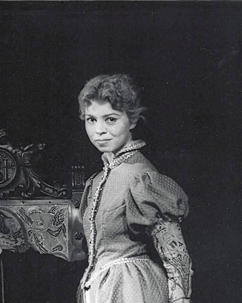 Charron Follett Traut, standing, performs alongside Oscar winner Helen Hayes in a 1955 summer stock production in East Hampton, N.Y.