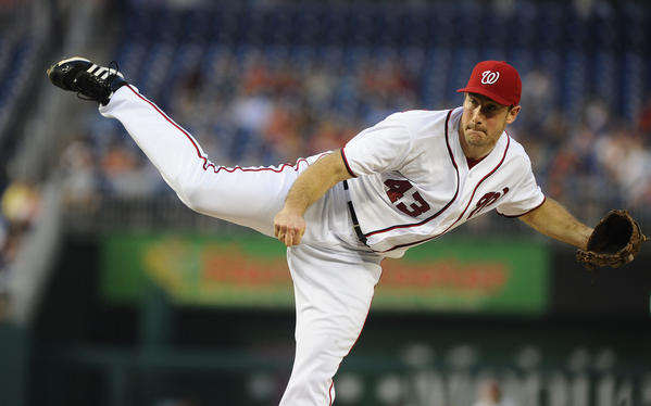 Aug 27, 2013; Washington, DC, USA; Washington Nationals starting pitcher Ross Ohlendorf (43) throws during the second inning against the Miami Marlins at Nationals Park. Mandatory Credit: Brad Mills-USA TODAY Sports ORG XMIT: USATSI-124232