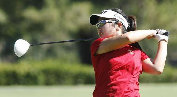 La Cañada High's Melissa Leo is looking to finish out her high school strong, along with several other senior Spartans.