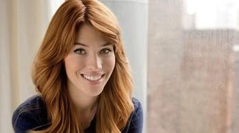 Avon global celebrity makeup artist Lauren Andersen kicks off the nationwide You Make it Beautiful tour on Wednesday. (Avon)
