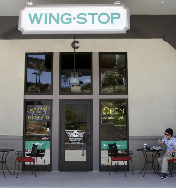 Wing Stop restaurant opened recently in the 1900 Block of Verdugo Blvd. in La Cañada Flintridge, shown on Wednesday, Aug. 28, 2013.
