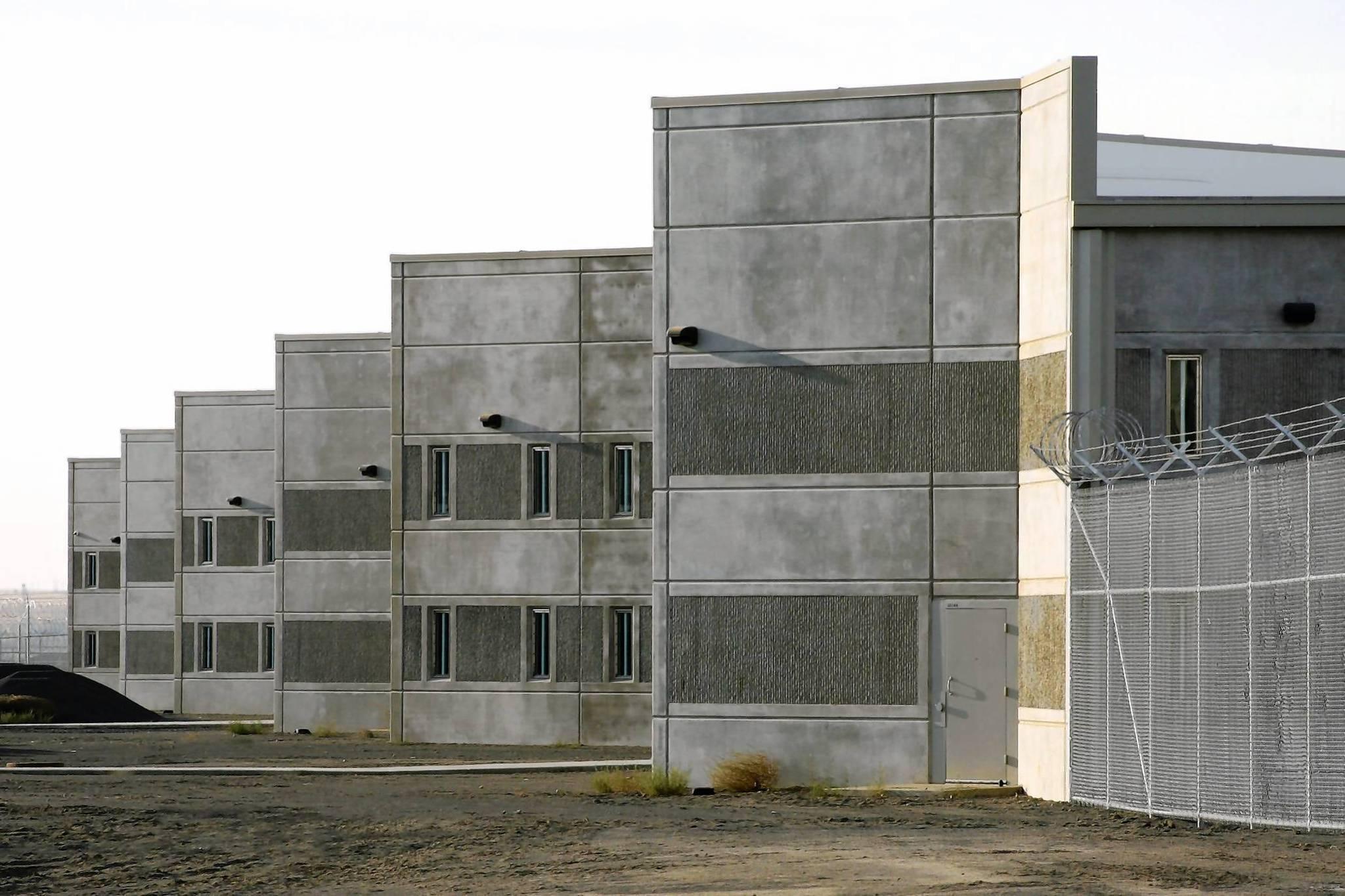 Prison design faces judgment hartford courant for Jail architect