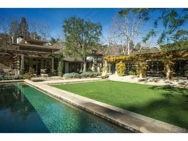Rupert Murdoch buys winery estate in Bel-Air