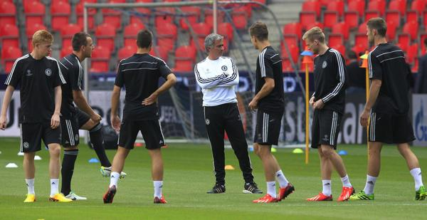 Chelsea's head coach Jose Mourinho attends a teams practice session in Prague August 29, 2013. Chelsea will face Bayern Munich in the UEFA Super Cup match on Friday.