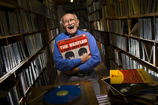 "Rare-record dealer Murray Gershenz, known as ""Music Man Murray,"" has died at 91."
