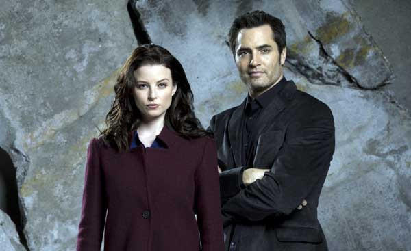 "Carlos (Victor Webster) can help Kiera (Rachel Nichols) with her problem on ""Continuum"" on Syfy."
