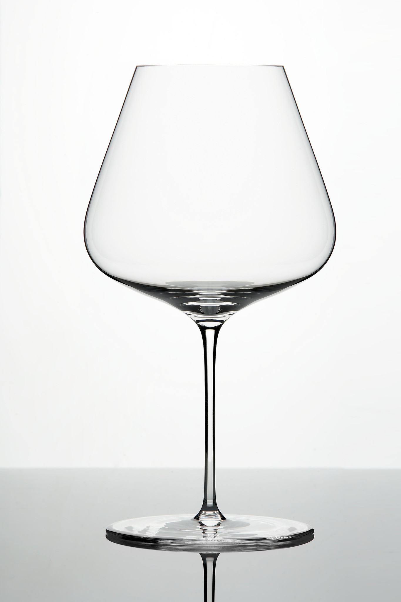 The new cool wine glass to covet zalto stemware from for Thin stem wine glasses