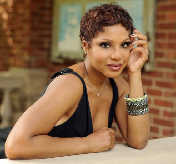 Toni Braxton finalizes divorce