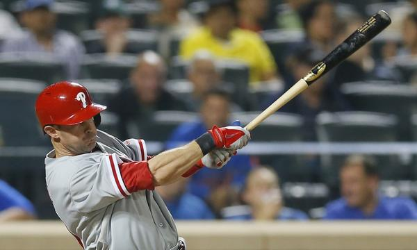 The Dodgers acquired veteran third baseman Michael Young from the Philadelphia Phillies on Saturday.
