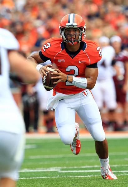 Illinois quarterback Nathan Scheelhaase.
