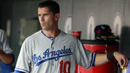 Michael Young accepts reserve role with Dodgers