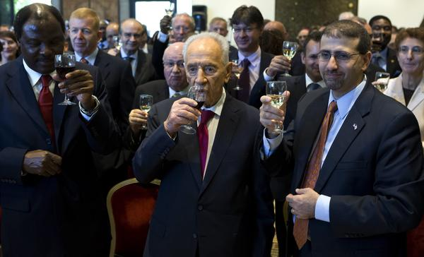 Israeli President Shimon Peres in Jerusalem talks about Syrian situation in Jewish New Year toast