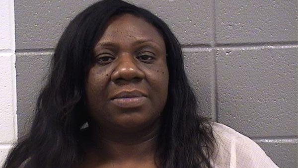 Ayesha Hayes, 39, charged with theft after iPhone app leads to 10 stolen phones.