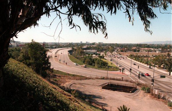 A 1994 view of the Marina Freeway.