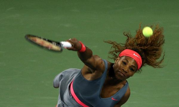 Serena Williams serves during her quarterfinal victory over Carl Suarez Navarro at the U.S. Open on Tuesday.