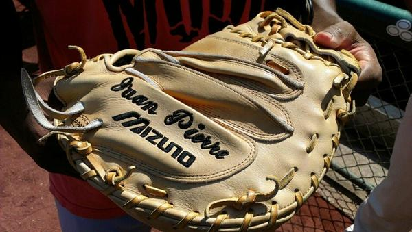 Juan Pierre in 2003 ordered a left-handed catchers' mitt for his long toss sessions with Dontrelle Willis.