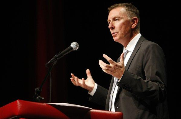 Los Angeles schools Supt. John E. Deasy, shown making his annual address to administrators at Hollywood High School last month, has withdrawn his endorsement of legislation that would speed up the overhaul of the state standardized testing system.