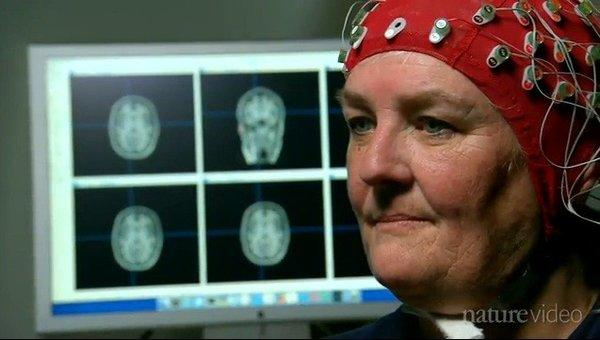 UC San Francisco scientists monitored the brain activity of older study participants who played a video game called NeuroRacer.