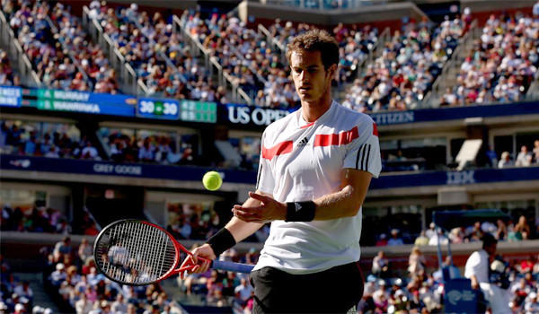 Defending U.S. Open champion Andy Murray fell to ninth-seeded Stanislas Wawrinka, 6-4, 6-3, 6-2, in a quarterfinal match Thursday.