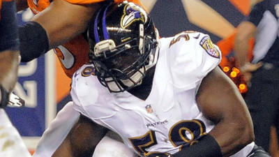 One sack for Elvis Dumervil in loss to Broncos