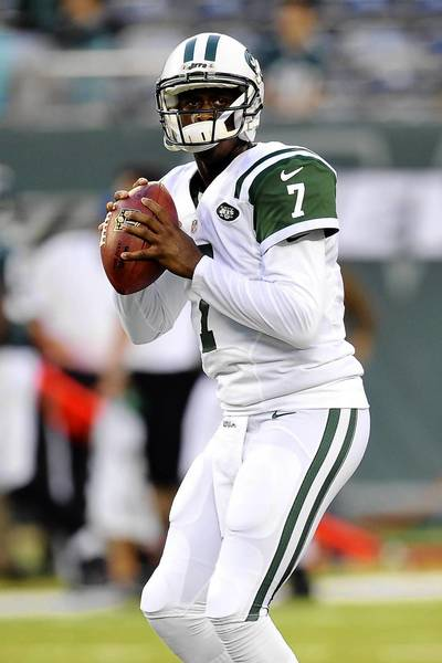 Aug 29, 2013; East Rutherford, NJ, USA; New York Jets quarterback Geno Smith (7) warms up before a pre-season game against the Philadelphia Eagles at Metlife Stadium.