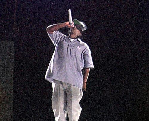 A hologram of Eazy-E was incorporated in the performance of Bone Thugs-N-Harmony on Day 1 of Rock the Bells at San Manuel Amphitheatre.