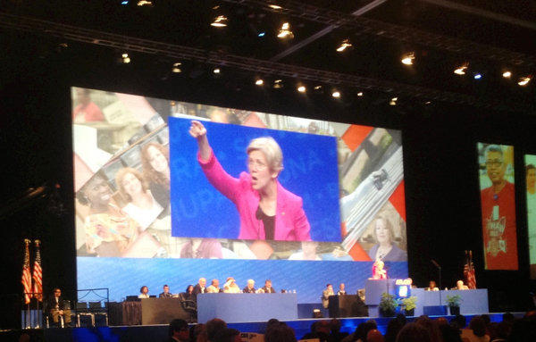 Sen. Elizabeth Warren (D-Mass.) speaks Sunday at the quadrennial AFL-CIO convention in Los Angeles.