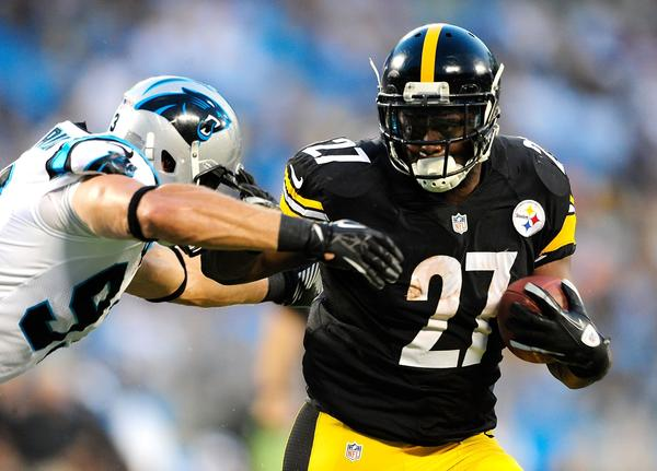 The Pittsburgh Steelers are reportedly preparing to re-sign Jonathan Dwyer, who led the team in rushing last year but was cut during the preseason.