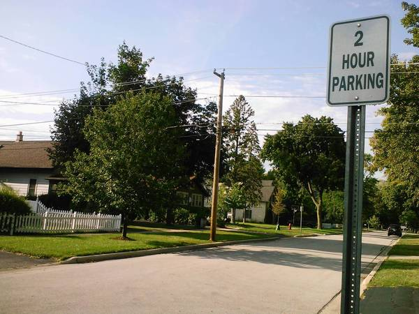 Mitchell Avenue between Hawthorne and Vine streets no longer has a two-hour parking restriction.