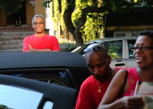 Carl Chatman arrives at his sister's Berwyn home Tuesday after he was released from prison. He was exonerated in a 2002 rape.