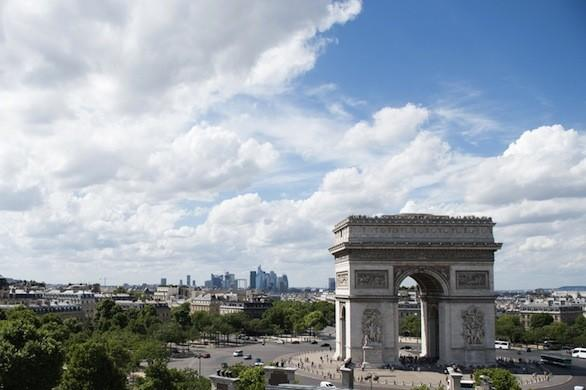 The Arc de Triomphe in Paris, one of the stops on the eight-day tour from Basillius Travel.