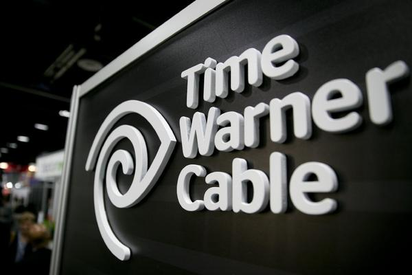 Time Warner Cable says it lost subscribers after CBS pulled the signals of its local TV stations in New York, Los Angeles and Dallas.