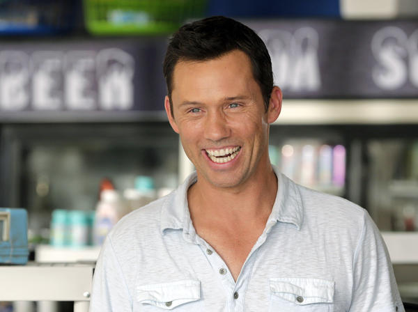 "Jeffrey Donovan on the set of ""Burn Notice"" in Miami. The cable spy drama is coming to an end after seven seasons with the series finale Thursday."