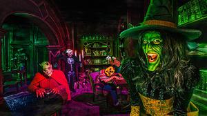 Knott's offers a peek behind the scenes at three Halloween Haunt mazes