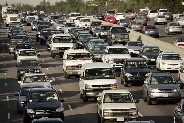 "A new study by USC researchers finds that setting car ventilation systems to ""recirculate"" can reduce drivers' exposure to air pollution."