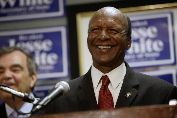 Secretary of State Jesse White announces his re-election bid for a record fifth term during a news conference Thursday at Hotel Allegro in downtown Chicago.