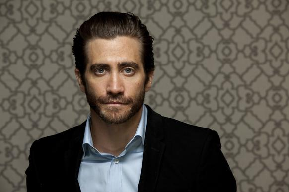 Jake Gyllenhaal was born into Hollywood royalty. Jamie Lee Curtis is his godmother, Paul Newman is his godfather, his dad is a director and his mom is a producer-screenwriter.  Talk a