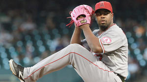 Jerome Williams is sharp in Angels' 2-1 win over Astros