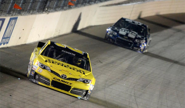 Matt Kenseth was victorious at the Geico 400 at Chicagoland Speedway on Sunday after rain delayed the first Chase for the Sprint Cup race for more than six hours between two rain delays.