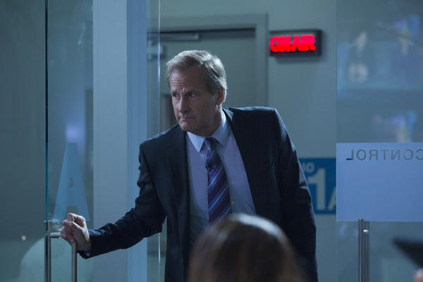 "Will McAvoy (Jeff Daniels) bursts into the control room looking for executive producer MacKenzie McHale (Emily Mortimer) on the Season 2 finale of ""The Newsroom."""