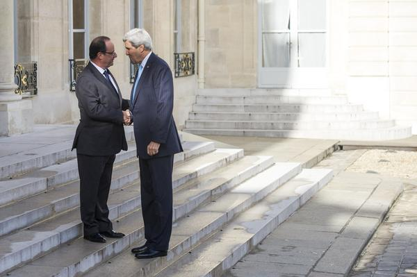John Kerry, Francois Hollande
