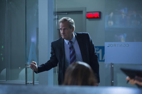 Newsroom Season 2 finale shot