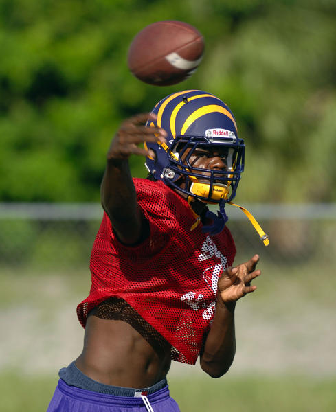 Quarterback Lamar Jackson has led Boynton Beach to 3-0.