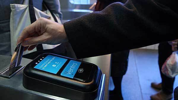 Riders who use personal contactless cards as Ventra cards can't register their cards until the fall.