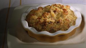 Apple brioche bread pudding